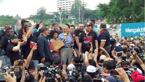 Mahathir (1)